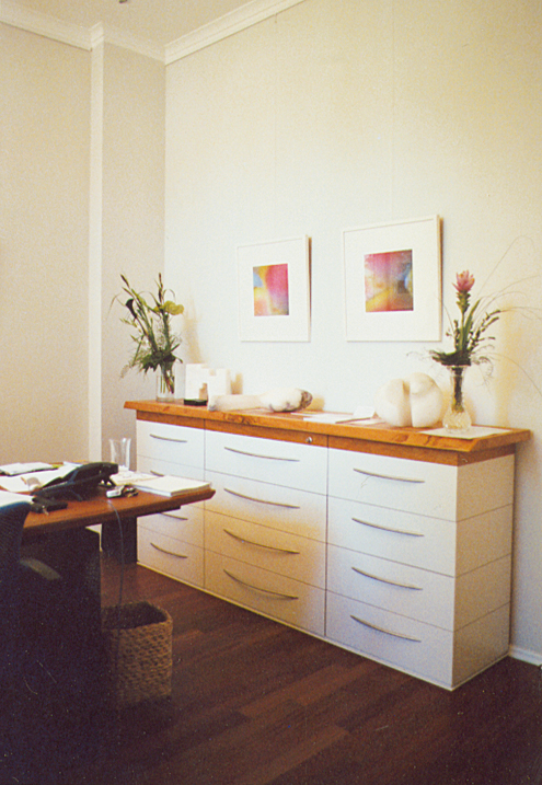 m bel in holz manfred w lk. Black Bedroom Furniture Sets. Home Design Ideas